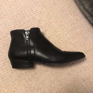 Naturalizer Black Ankle Booties